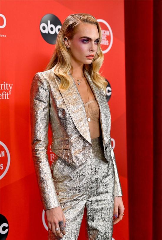 Người mẫu kiêm diễn viên Cara Delevingne.