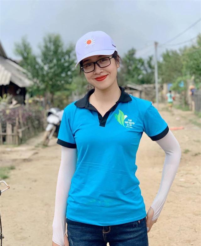 Thí sinh Hoa hậu Việt Nam lột xác so với ảnh đời thường - Ảnh 15.