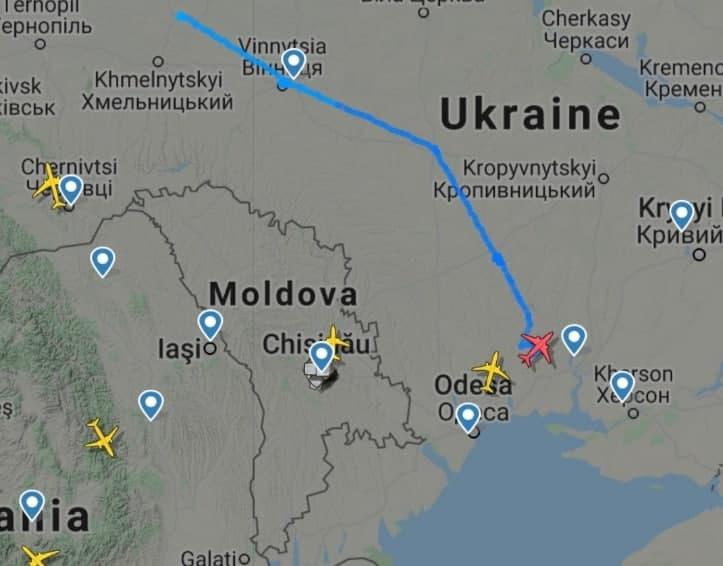 Đường bay của chiếc UAV Bayraktar TB2 do Thổ Nhĩ Kỳ sản xuất gần bán đảo Crimea. Ảnh: Avia-pro.
