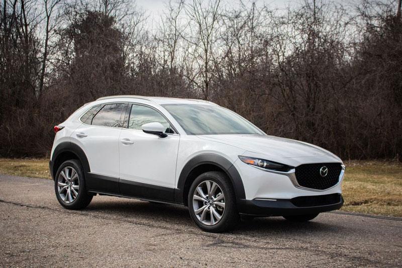 2. Mazda CX-30 2020 (giá khởi điểm: 21.900 USD).