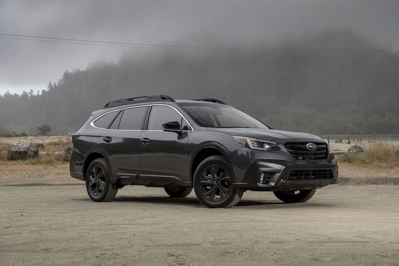 4. Subaru Outback 2020 (giá khởi điểm: 26.645 USD).