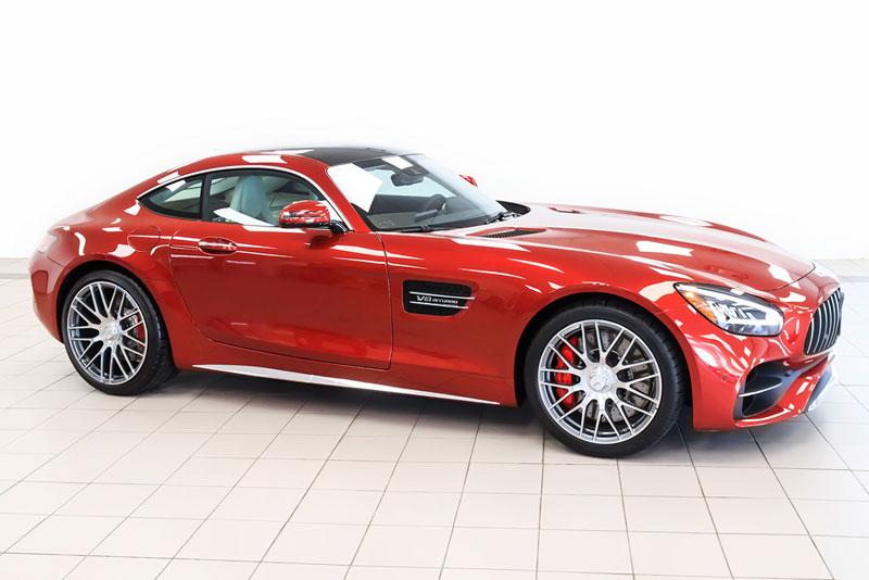 6. Mercedes-AMG GT 2020 (giá khởi điểm: 99.950 USD).