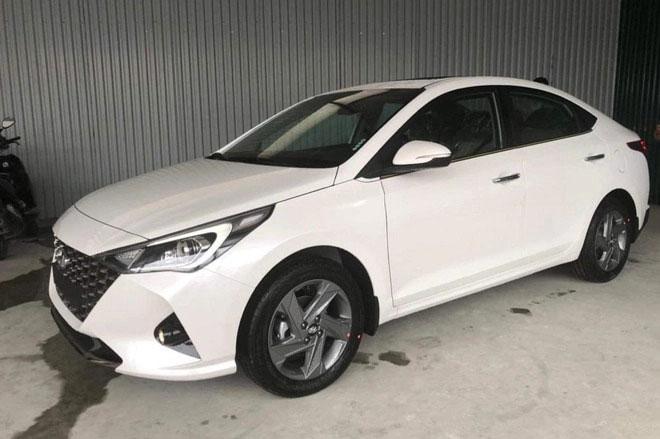 Hyundai Accent mới về đại lý, sẵn sàng đến tay khách hàng Việt