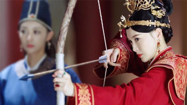 Yến Vân Đài: Loạt ảnh làm Thái Hậu của Đường Yên, môi đỏ mặt láng mịn cực kỳ xinh đẹp  - Ảnh 7.