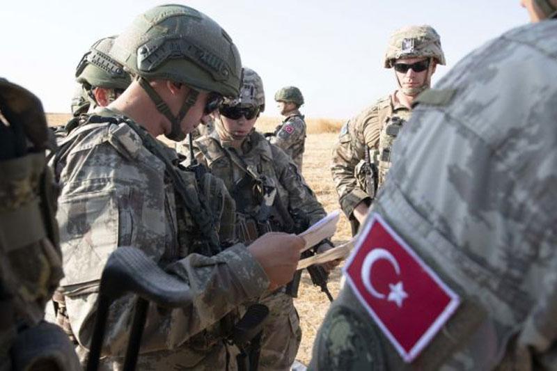 Thổ Nhĩ Kỳ xung đột với quân đội Nga ở Karabakh