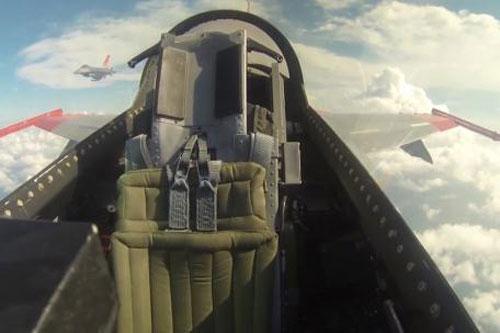 Mỹ thử UCAV mang gần 7 tấn vũ khí