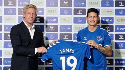 Brands (trái) đã mang về Everton nhiều cầu cầu thủ chất lượng, điển hình là James Rodriguez