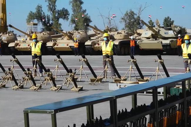 Thiết giáp Nga - Mỹ 'sánh vai' trong Quân đội Iraq