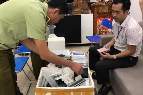 Đắk Lắk: Phát hiện nhiều điện thoại iPhone và Ipad không hóa đơn chứng từ