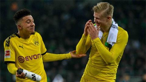Haaland (phải) - Sancho đã góp công lớn vào chiến thắng thuyết phục của Dortmund trước Brugge