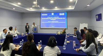 Công ty TNHH Cam Corporation Việt Nam nhận chứng nhận về doanh nghiệp khoa học&công nghệ.