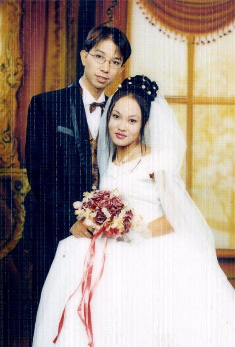 Long Nhật bị đàm tiếu giới tính, vợ trẻ vẫn bất chấp để sinh thêm con thứ 4 - Ảnh 2.