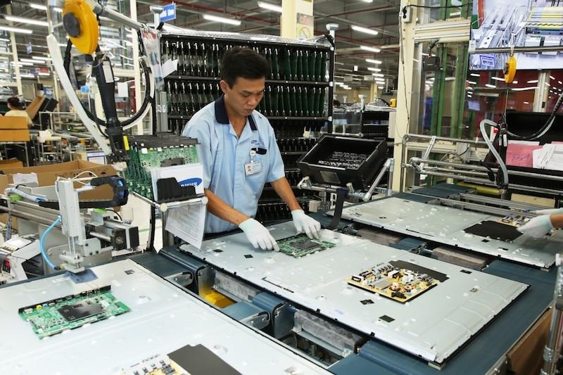 Hoạt động sản xuất của doanh nghiệp tại Khu Công nghệ cao TP.HCM.