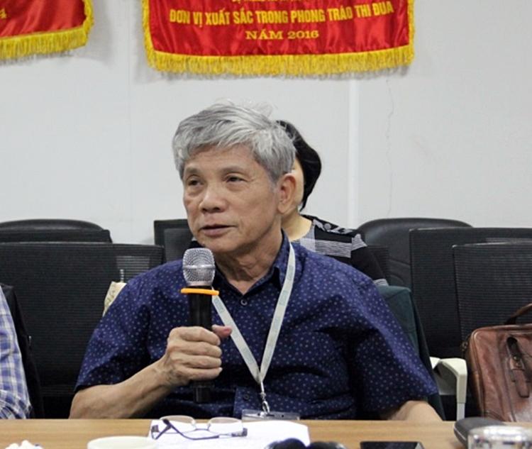Ông Lê Đình Cường - Phó Chủ tịch Hiệp Hội Truyền hình trả tiền phát biểu tại cuộc đối thoại .