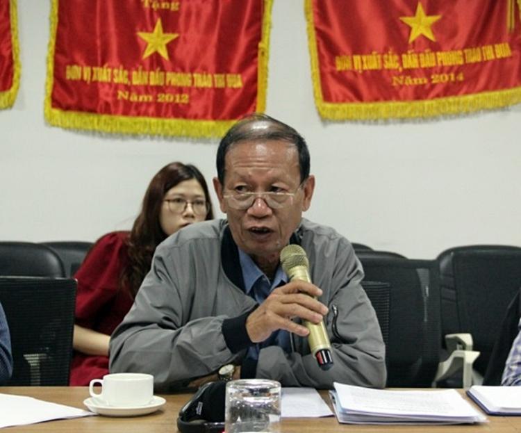 Ông Nguyễn Văn Nhiêm - Chủ tịch Hiệp hội Phát hành và Phổ biến phim Việt Nam phát biểu tại cuộc đối thoại.