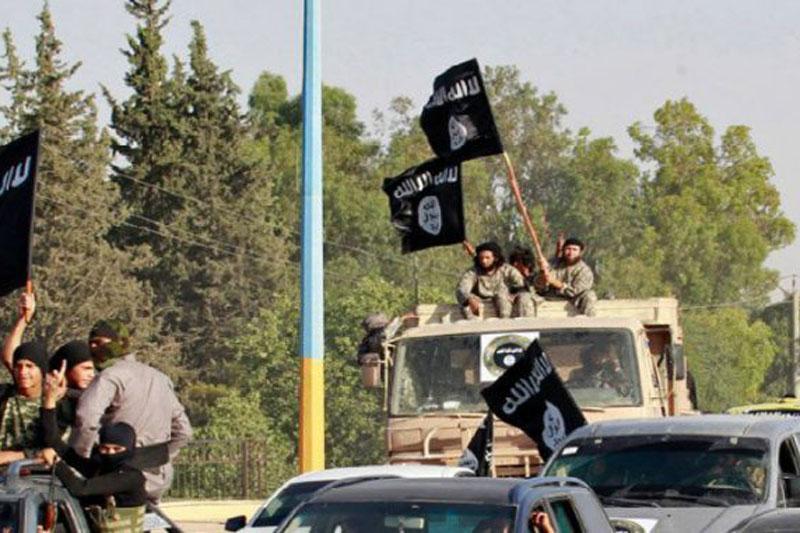 IS tấn công lớn vào quân đội Syria gần đường cao tốc chiến lược