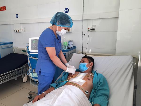 Bệnh viện Đà Nẵng mổ thành công ca phức tạp, nặng nề nhất của cấp cứu ngoại khoa tim mạch