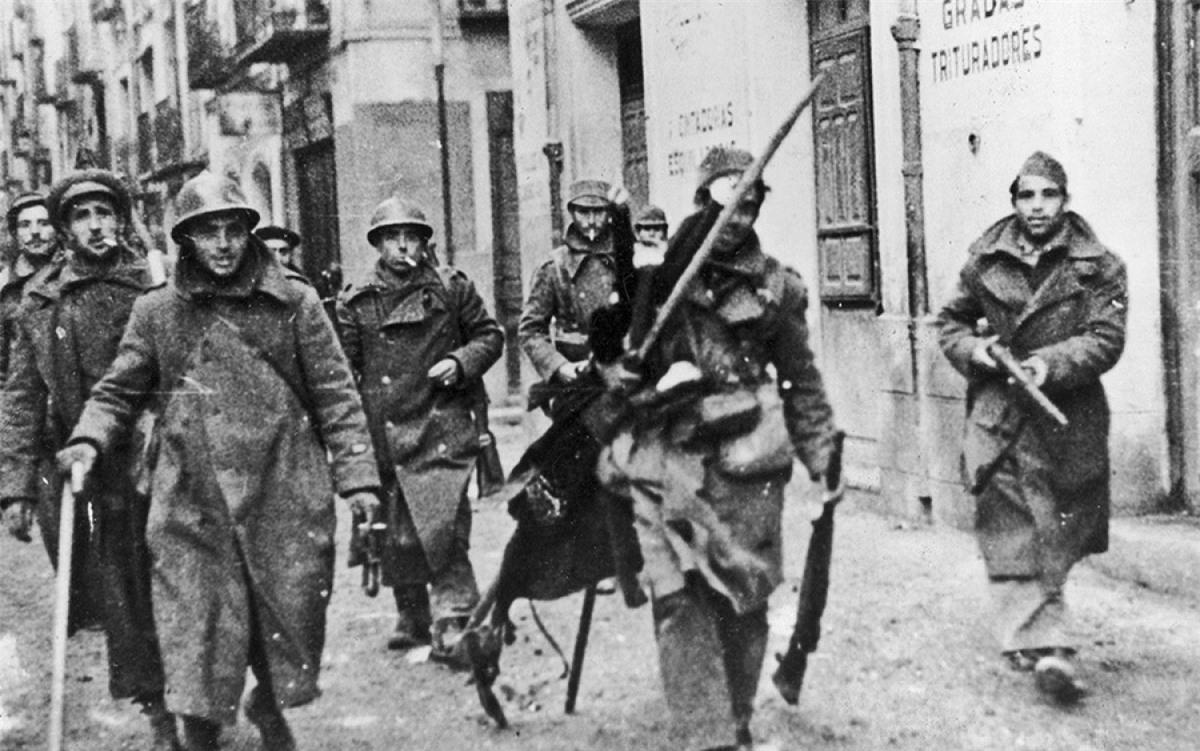 Binh lính phe cộng hòa trong Nội chiến Tây Ban Nha. Ảnh: Public domain.