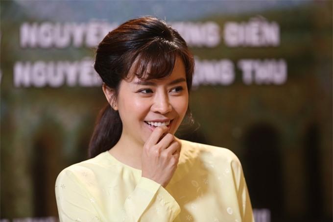 Sau khi sinh con gái đầu lòng, Vũ Ngọc Ánh vượt qua trầm cảm sau sinh và tích cực trở lại phim trường. Với Lưới trời, cô được đạo diễn Phương Điền yêu cầu giảm cân để hợp vai.