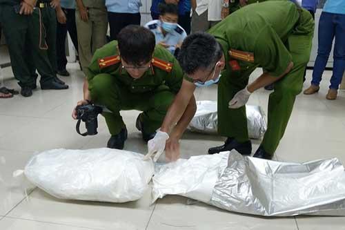 An Giang: Từ vụ vận chuyển 10kg Ketamin qua biên giới, phát hiện thêm 20kg ma tuý trong kho
