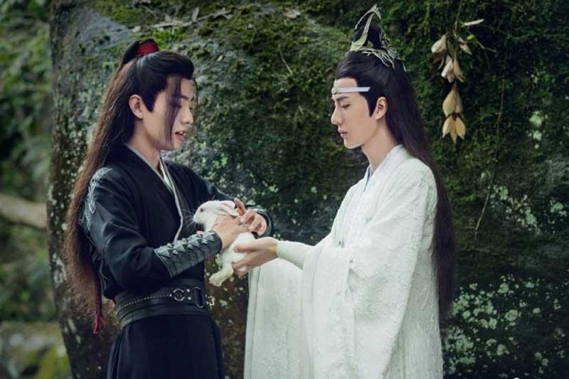 Top 10 nhân vật trong phim Hoa ngữ được yêu thích nhất năm 2020: Ngụy Vô Tiện (Tiêu Chiến) và Lam Vong Cơ (Vương Nhất Bác) có mặt