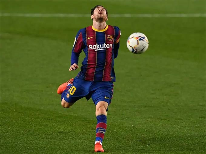 Messi phải miễn cưỡng ở lại Barca sau vụ đào tẩu bất thành