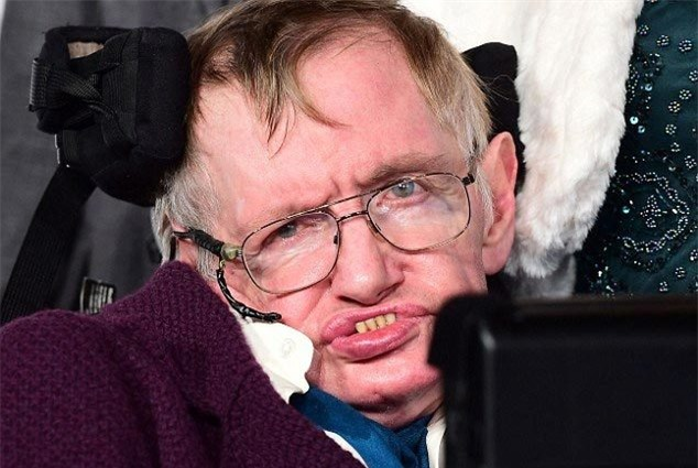 Cảnh báo đáng sợ của ông hoàng vật lý Stephen Hawking