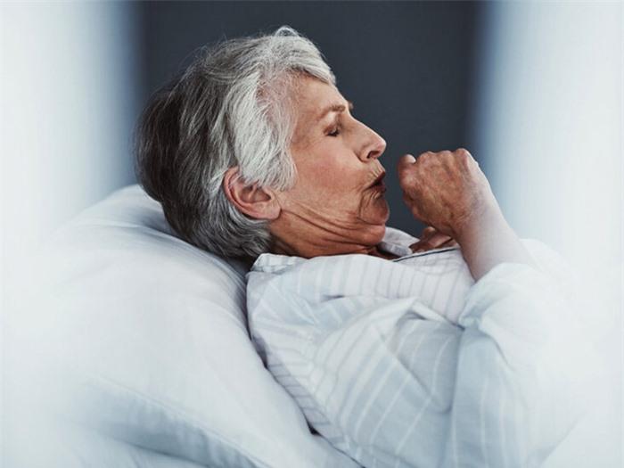 Đi tìm nguyên nhân gây bệnh nấm phổi dù không hút thuốc lá, không uống rượu - Ảnh 2.