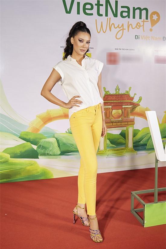 Á hậu Kim Duỵên mong muốn chương trình lan toả nhiều hơn về vẻ đẹp phong cảnh, con người Việt Nam.
