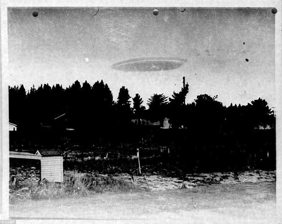 Những hình ảnh hiếm về đĩa bay trong lịch sử