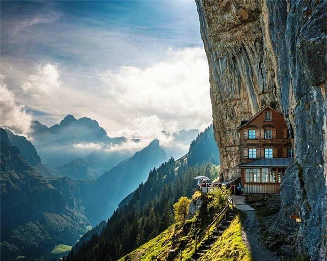 """Những khách sạn đẹp và """"dị"""" nhất thế giới - 4"""