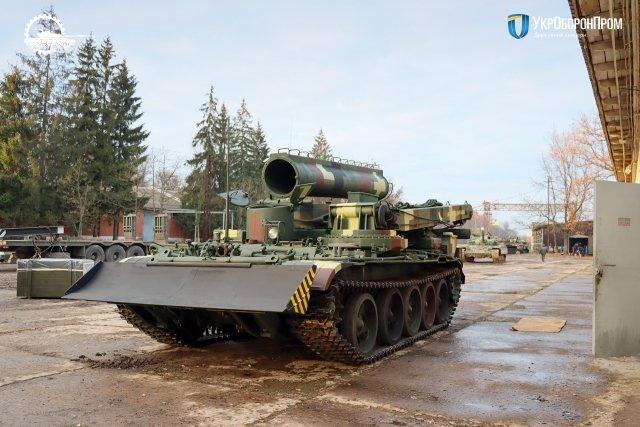 Phương tiện cứu kéo đa năng BTS-4 nâng cấp của Quân đội Ukraine. Ảnh: Defence Blog.