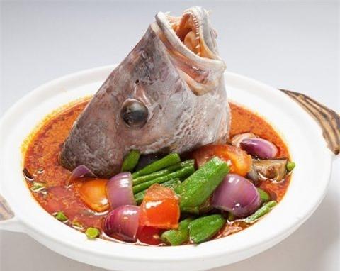 Không nên ăn đầu cá dễ ngộ độc