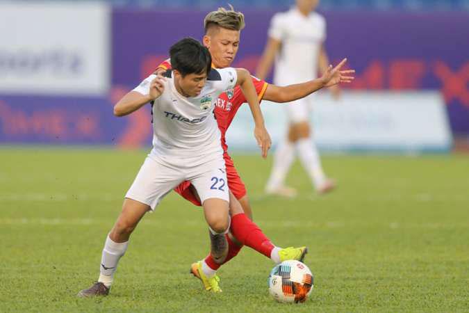 Chuyển nhượng V.League: TP.HCM mượn Thanh Hậu từ HAGL