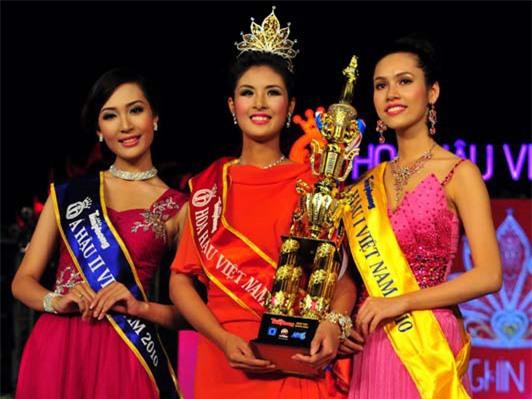 Soi biểu tượng quyền lực của Hoa hậu Việt Nam trong Thập kỷ hương sắc - Ảnh 11.