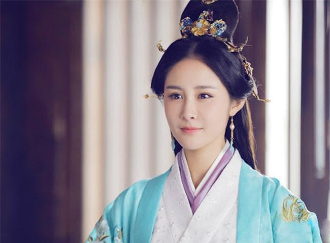 Tiểu cung nữ may mắn thời nhà Minh: Cười nhạo Hoàng đế ngủ gật, lỡ tay đốt cháy cung điện nhưng không bị trách phạt mà còn được thăng chức - Ảnh 1.