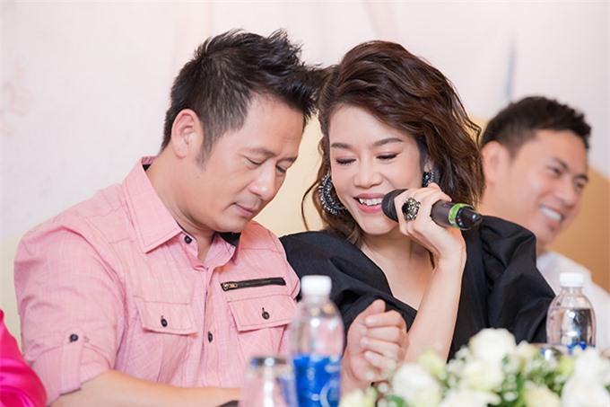 Bằng Kiều và Thu Phương, một trong những ca sĩ sẽ tham gia liveshow Chuyện lạ.