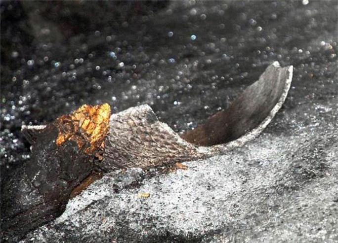Bí ẩn tộc người 8.000 năm ở tử địa, sinh tồn bằng… ống dung nham - Ảnh 2.