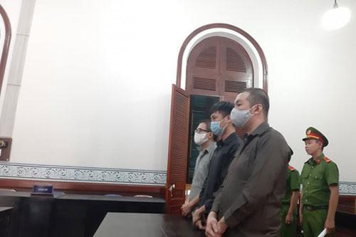 Lĩnh án vì cho người Trung Quốc lưu trú trái phép