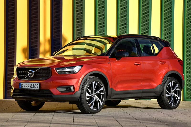 4. Volvo XC40 2020 (giá khởi điểm: 33.700 USD, điểm tổng thể: 8,3/10).