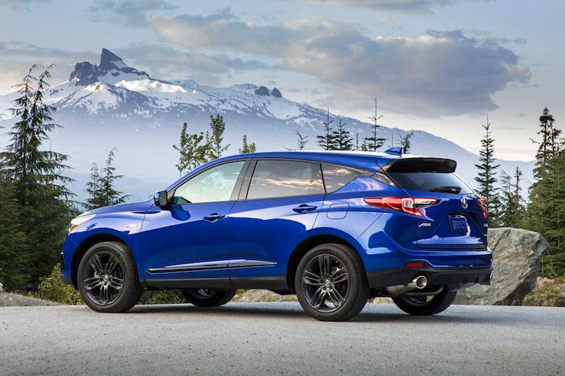8. Acura RDX 2020 (giá khởi điểm: 37.800 USD, điểm tổng thể: 8,1/10).