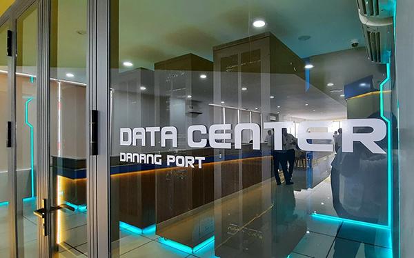 Hệ thống máy chủ tại Trung Tâm điều hành và khai thác container Cảng Đà Nẵng