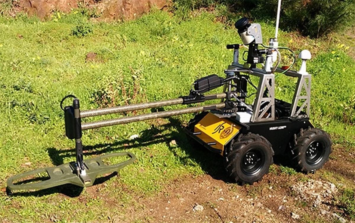Một loại robot dò mìn. Ảnh: Spectrum.