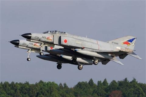 Manh ngang F-16: Nhat se ban lai F-4E sau khi loai bien?