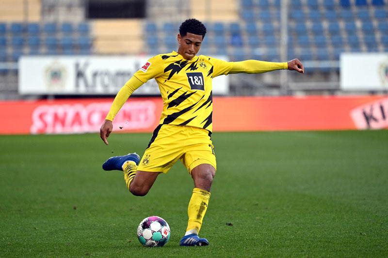 10. Jude Bellingham (Borussia Dortmund, giá trị hiện tại: 24,3 triệu bảng, tăng 22,05 triệu bảng).