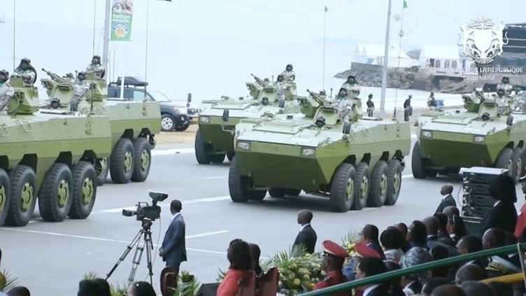 Xe bọc thép chở quân VN-1 của Quân đội Gabon trong buổi lễ duyệt binh. Ảnh: National Interest.