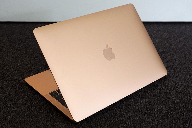 Top 10 laptop đáng mua nhất năm 2020: MacBook, HP thắng thế
