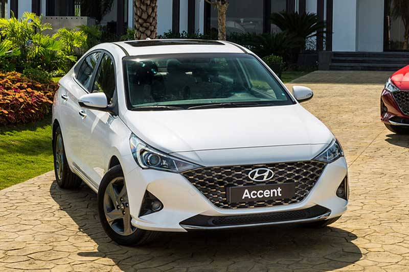 XE HOT (2/12): Hyundai Accent 2021 ra mắt tại VN, Toyota Fortuner 2021 có thêm bản động cơ V6