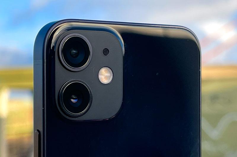 Vừa lên kệ, iPhone 12 Mini đã được giảm giá tại Việt Nam