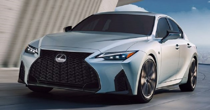Lexus IS 2021 ra mắt Đông Nam Á, giá từ 2 tỷ đồng